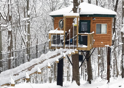Safari Treehouse winter exterior