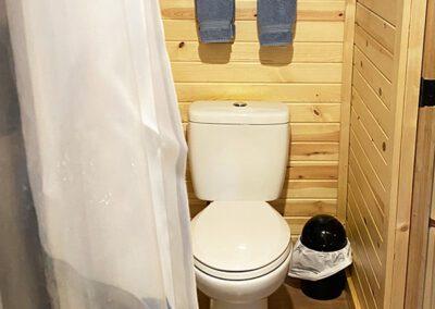 Buckeye Barn bathroom