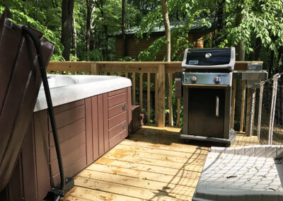 Maple View deck with hot tub and grill