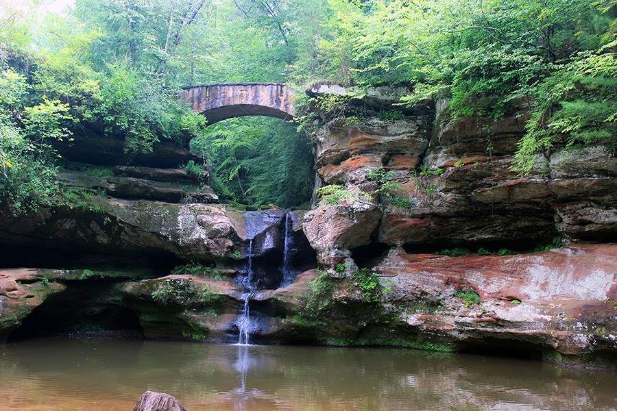 Old Mans Cave waterfall