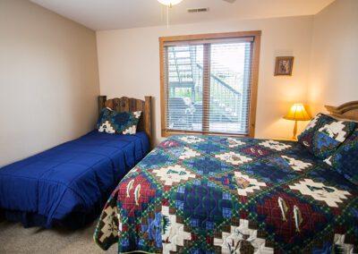 Raccoon bedroom at Blissful Ridge Lodge